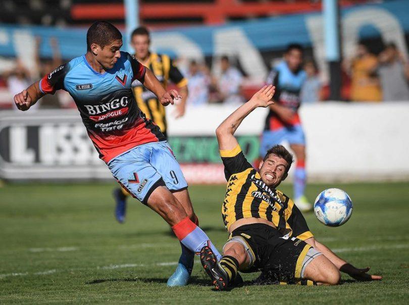Santamarina sufrió una dura derrota en su visita a Adrogué – Interior  Futbolero