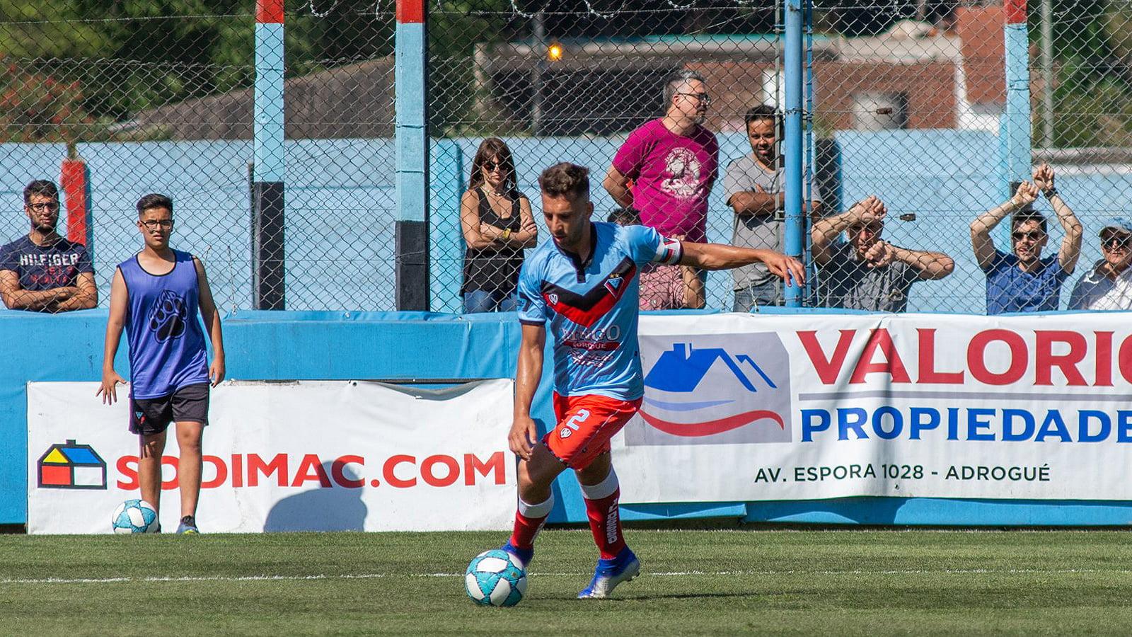 Santiago Echeverría